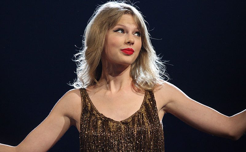 Networks Endorse Taylor Swift's 'Equality' Lobbying