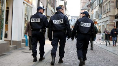 https://commons.wikimedia.org/wiki/File:Police-IMG_4105.jpg